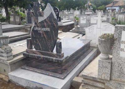 monumente funerare blaj